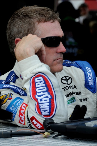 Bobby Labonte suddenly at a crossroads