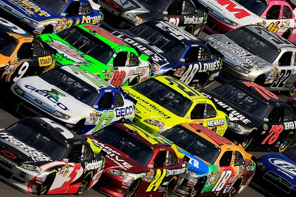 Wow! Talladega both bores and scares...Kenseth wins the 500, Keselowski wins another round in the championship chase