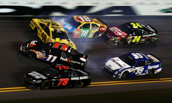 Harvick Edges Biffle for the win, but Saturday night's Sprint Unlimited was curiously uneventful