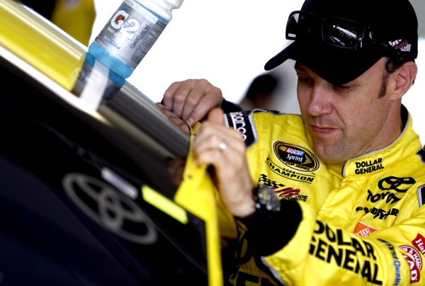 Matt Kenseth rips off the Homestead 400 pole, but Jimmie Johnson still looking strong for the championship