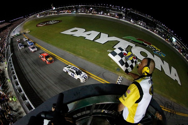 A Jimmie Johnson juggernaut, another Daytona victory, on a night of wild crashing